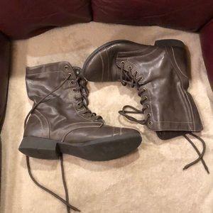 Brown combat boots - 6.5